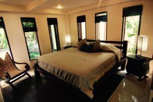 Jungle breeze apartments