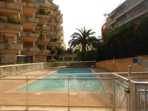 Appartement au jardin du cap martin, Apartmány  Roquebrune-Cap-Martin - big - 1
