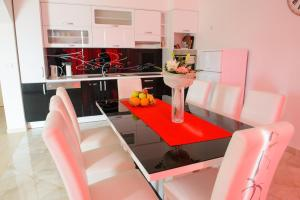 Apartments Deak, Apartmány  Janjina - big - 53