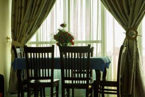 Kebron Guest House, Penzióny  Nefas Silk - big - 16