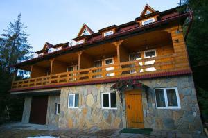 Мини-гостиница Эко-садиба в Карпата, Микуличин