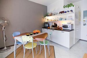 B&B Rooms Rent Vesuvio, Bed and breakfasts  Naples - big - 36