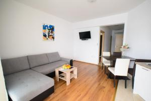 Apartments Deak, Apartmány  Janjina - big - 75