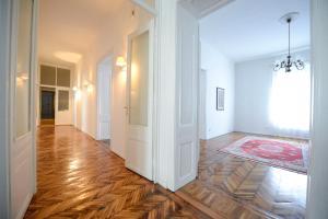 Apartment Sokolovica - фото 8