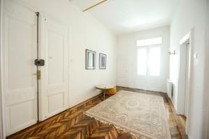 Apartment Sokolovica - фото 16