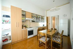 Apartment Sokolovica - фото 14