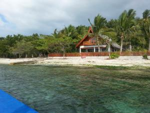 Santander Beach House - Cebu