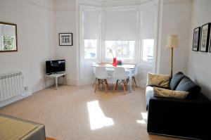 Shelley Apartment