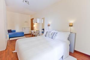 B&B Rooms Rent Vesuvio, Bed and breakfasts  Naples - big - 55