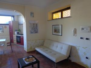 Casa Fabiana, Apartmanok  Taormina - big - 27