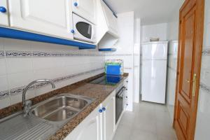 Holiday Apartment Calpe Playa, Apartments  Calpe - big - 2