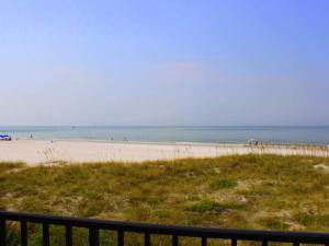 #240 At Surf Song Resort - Apartment - St Pete Beach
