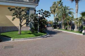 Hotel Ristorante Donato, Hotely  Calvizzano - big - 103