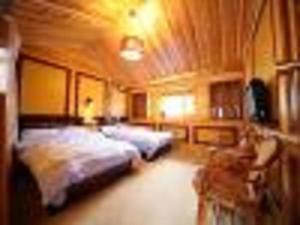 Qianxun Inn