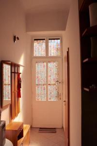 Lux Apartman, Apartments  Budapest - big - 13