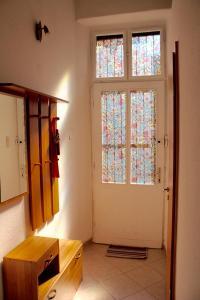 Lux Apartman, Apartments  Budapest - big - 14