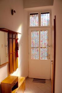 Lux Apartman, Apartments  Budapest - big - 20