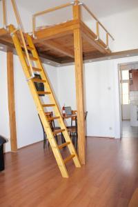 Lux Apartman, Apartments  Budapest - big - 38