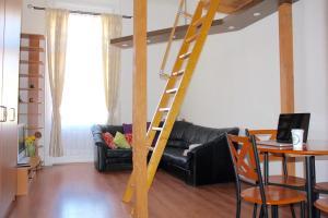 Lux Apartman, Apartments  Budapest - big - 44