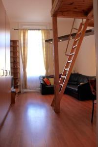 Lux Apartman, Apartments  Budapest - big - 51