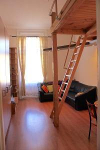 Lux Apartman, Apartments  Budapest - big - 59