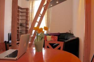 Lux Apartman, Apartments  Budapest - big - 67