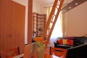 Lux Apartman, Apartments  Budapest - big - 68