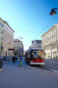 Lux Apartman, Apartments  Budapest - big - 78