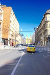 Lux Apartman, Apartments  Budapest - big - 81