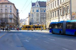 Lux Apartman, Apartments  Budapest - big - 84