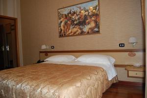 Hotel Ristorante Donato, Hotely  Calvizzano - big - 18