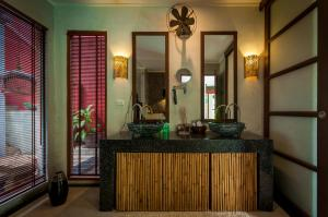 Luxury Seaview Best Location Villa