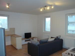Apartment Loosova 995