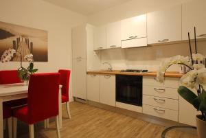 La Bomboniera, Appartamenti  Olbia - big - 7