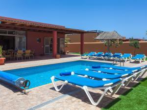 Villa Antigua 3486