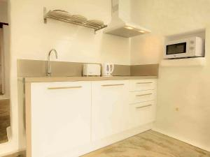 Apartment La Casa de las Salinas, Apartmány  Arrieta - big - 11