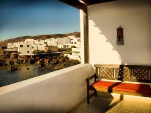 Holiday Home Casa La Marea, Sea View Sunsets, Ferienhäuser  Arrieta - big - 7