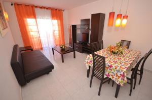 Cravinho, Apartmanok  Albufeira - big - 32
