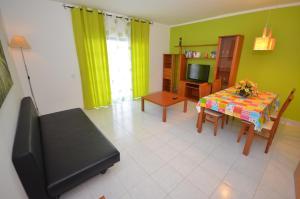 Cravinho, Apartmanok  Albufeira - big - 43