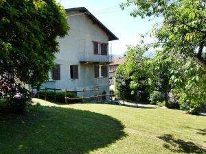 Holiday Home Brezzo di Bedero 7296