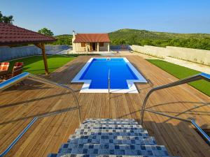 Holiday Home Grabovci 5633