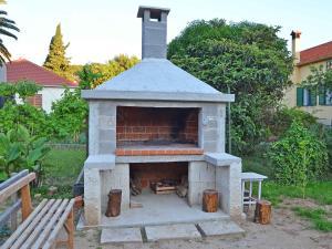 Holiday Home Branko, Case vacanze  Sveti Filip i Jakov - big - 2