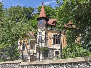 Romantic Chateau Krasna Lipa