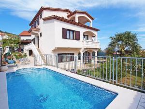 Holiday Home Marina 5666