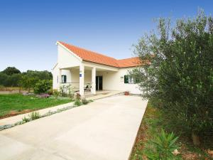 Holiday Home Drace 6131