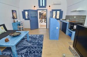 Fira Blue House(Fira)