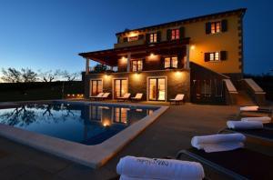 Villa Olivia IH5601