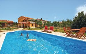 Holiday Home Krnjaloza with Sea View 09