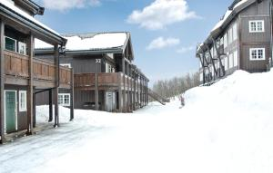 Three-Bedroom Apartment Geilo with a Fireplace 08 - Geilo