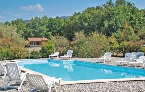 Holiday home Portes en Valdaine 78 with Outdoor Swimmingpool